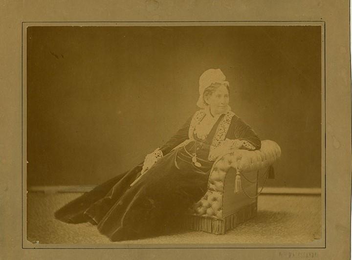 Photograph of Anne Hampton Brewster
